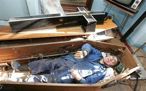 qui a invente la le electrique le charentais qui avait invent 233 le cercueil 233 lectrique charente libre fr