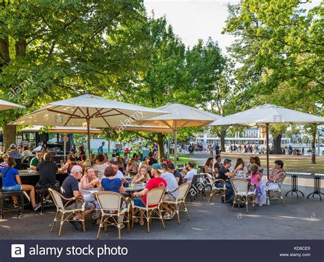 Englischer Garten Open Air by Geneva Restaurant Stockfotos Geneva Restaurant Bilder