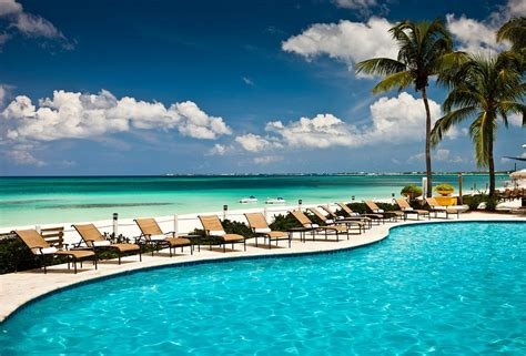 Grand Cayman Marriott Beach Resort, Grand Cayman Resorts