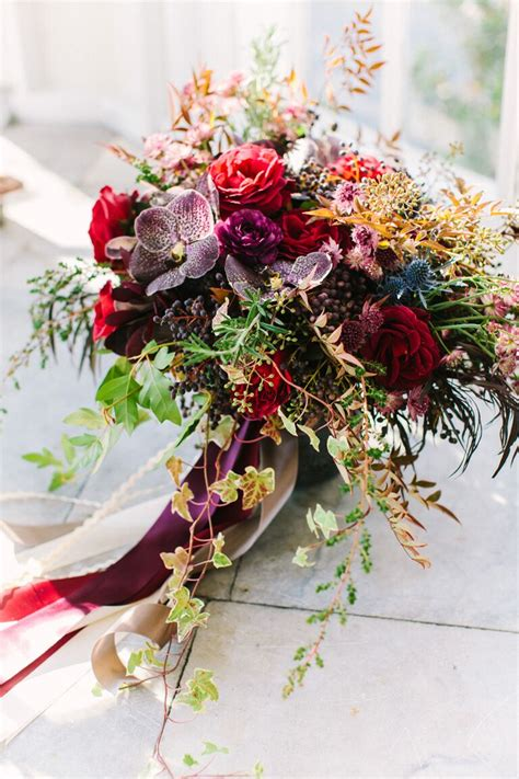 fall wedding bouquet ideas   flowers theyre