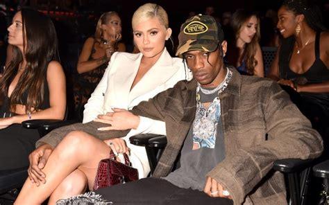 Billionaire Kylie Jenner Reportedly Pushing Boyfriend ...