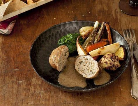 cuisiner un roti de veau paupiettes de veau au thé earl grey et légumes rôtis au