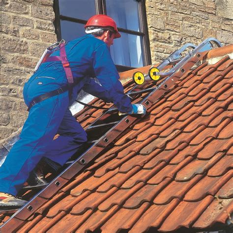 roof ladders  stop hire