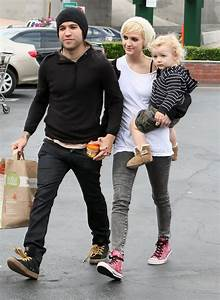 Pete Wentz Separation from Wife Ashlee Simpson since 2011 ...