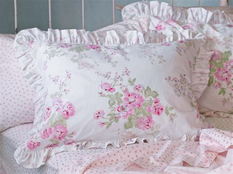 target shabby chic white quilt simply shabby chic 174 essex floral bedding at target