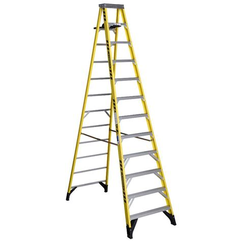 ladder review werner 12 ft fiberglass step ladder with 375 lb load capacity type iaa duty rating 7312s the