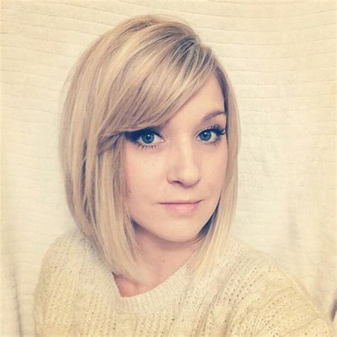 Bob Hairstyle With Side Fringe by 21 Totally Chic Bob Haircuts Hairstyles With Bangs