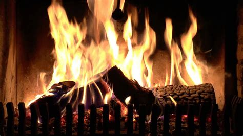 real time burning fireplace  soft crackling fire