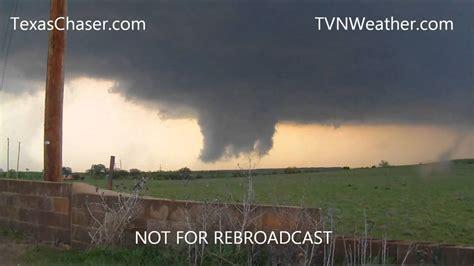april   tornadoes  woodward oklahoma youtube