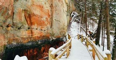 Foto: Meklējot iespaidīgās Līču-Laņģu klintis - vienu no ...