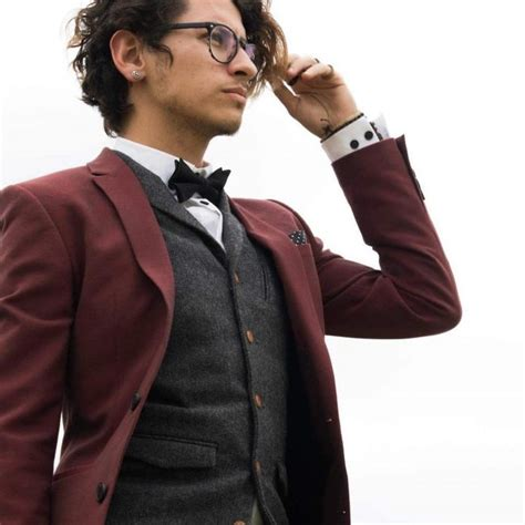 eye catching maroon suits wear year