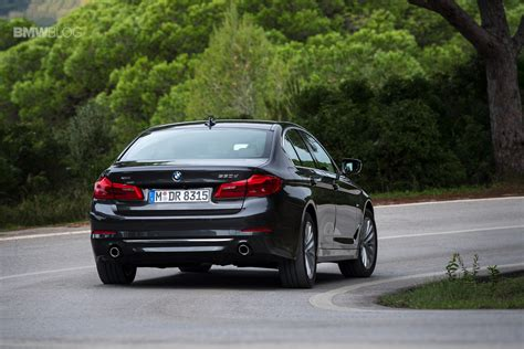 bmw 530d pictures see a new photo gallery of the 2017 bmw 530d xdrive