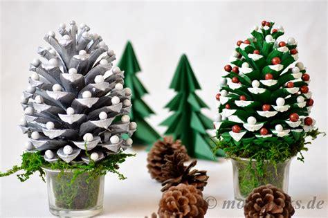 deko weihnachten zapfen diy weihnachtsdeko basteln mit tannenzapfen