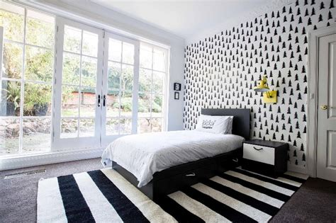 Modern Black And White Kid's Bedroom With Bright Splashes
