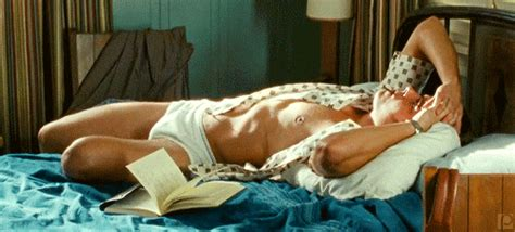 zac efron paperboy underwear scene  tv tech geeks news