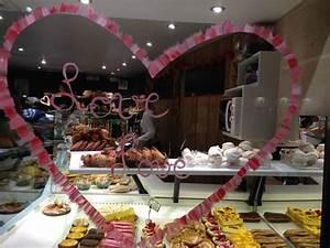 Vitrine Saint Valentin : vitrine boulangerie alexine saint valentin 2014 photo de boulangerie alexine paris ~ Louise-bijoux.com Idées de Décoration