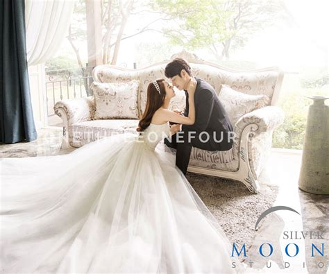korean studio pre wedding photography dream silver moon