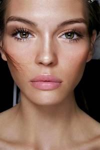 Astuce De Maquillage Pour Les Yeux Marrons : comment choisir le maquillage pour agrandir les yeux ~ Melissatoandfro.com Idées de Décoration