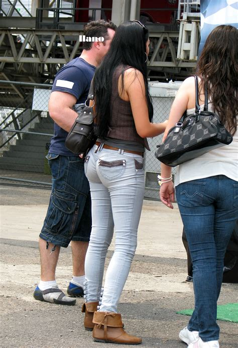 Big Ass And Perfect In Jeans