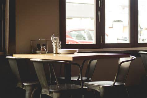 bureau restaurant images gratuites bureau table coutellerie restaurant