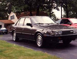 1986 Mazda 626 - Pictures