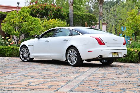Jaguar Xj Photo by 2011 Jaguar Xj Information And Photos Zomb Drive