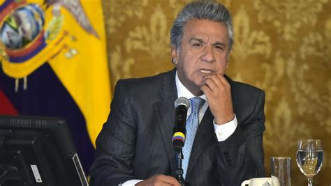 cachee bureau equateur quand le président moreno découvre une éra