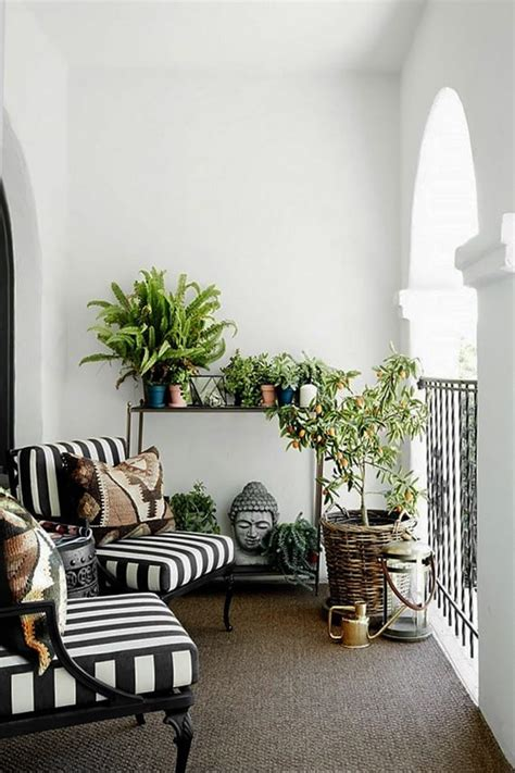 der kleine balkon  weiss edle balkongestaltung freshouse