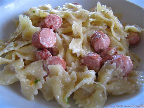 cuisiner des saucisses de strasbourg mijoté de pâtes saucisses de strasbourg et mozzarella