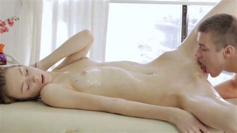 Passionate Mutual Oral Petting Before Beautiful Sex