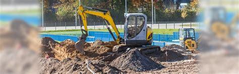advantages   mini excavators