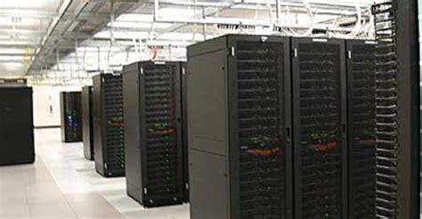 estimate amazon cloud backed   servers data center knowledge