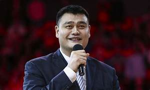 Yao Ming tells touching story of why he always keeps a ...