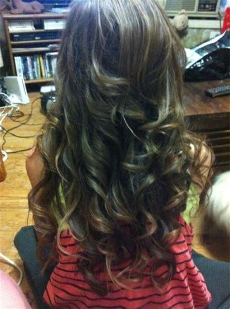 subtle blonde highlights hairstyles