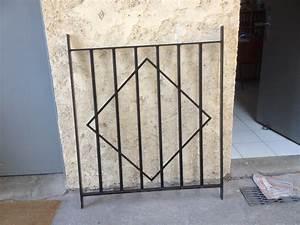 Grille De Defense Pour Fenetre : fabrication sur mesure grille de defense originale en fer ~ Dailycaller-alerts.com Idées de Décoration