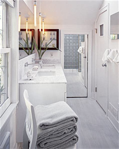 small bathroom floor plans    space
