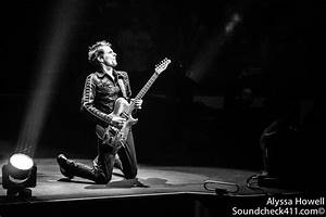 Muse Finish American Leg Of 'Drones Tour' With A Bang