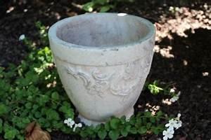 Pflanzkübel Weiß Rund : pflanzk bel pflanzschale gerita keramik beigewei 16 cm rund shop landhaus look ~ Whattoseeinmadrid.com Haus und Dekorationen