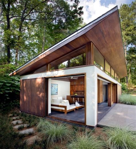 building a shed roof house compared with pitched roof