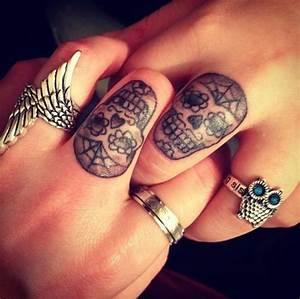 Tattoo Amitié : rings skulls tattoos guccigyal accessoriz ~ Melissatoandfro.com Idées de Décoration