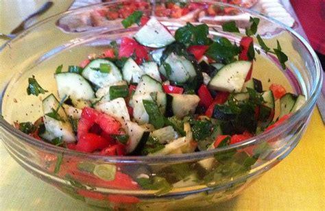alimentazione contro il colesterolo l alimentazione ti salva dal colesterolo alto cure