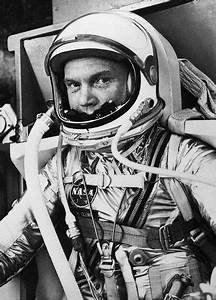 astronaut | Wow Eye Candy | Pinterest | Astronauts, John ...