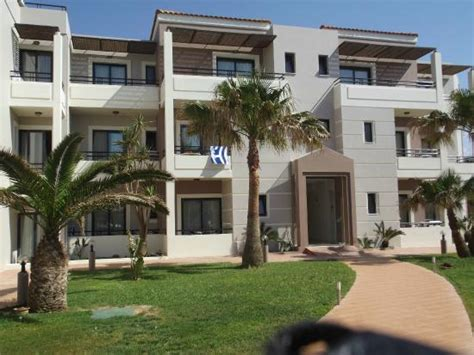 Updated 2017 Hotel Reviews (maleme