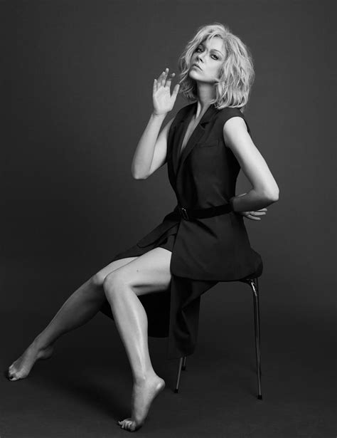 natalie dormer legs 35 best images about natalie dormer on natalie