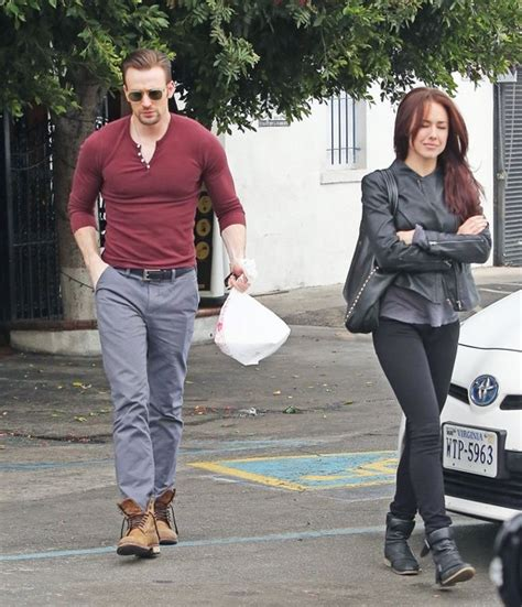 Chris Evans - Chris Evans Photos - Chris Evans Gets Lunch ...