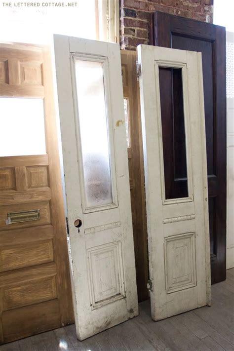 Hideaway Closet Doors by Best 25 Closet Doors Ideas On Small Doors