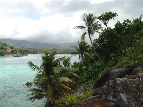 List of national parks of Seychelles - Wikipedia
