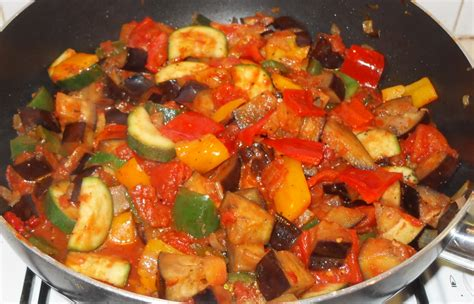 cuisiner ratatouille simple ratatouille a dish fab food 4 all
