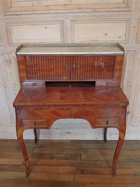 bureau bonheur du jour ancien bureau bonheur du jour en bois de d 39 époque louis xv
