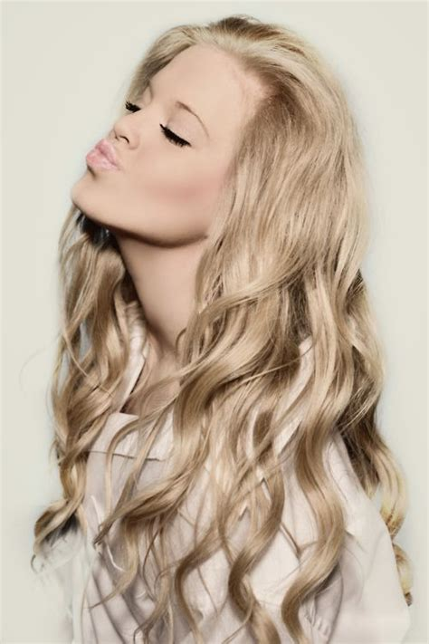 loose curls for long hair prom hairstyle fashion